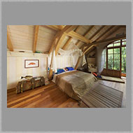 Adsy Bernart photographer architecture photography boat house, carinthia, pressegger lake, sleeping room, bed